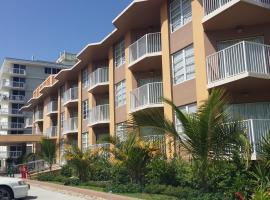 SeaSpray Inn Beach Resort, hotel in Palm Beach Shores