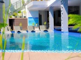Eloisa Royal Suites, hotel in Mactan