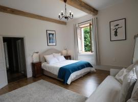 Hippolyte House, bed and breakfast en Beaune