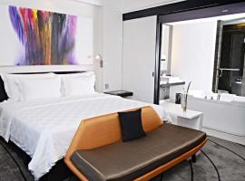 TS Suites Surabaya, отель в Сурабае