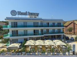 Hotel Luxury, Hotel in Ksamil