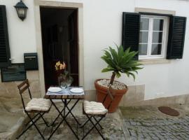 Casa do Briamante 9, apartment in Sintra