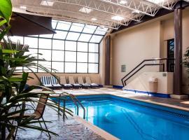 Everest Ciudad Victoria, hotel con piscina en Ciudad Victoria