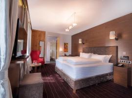 arthausHOTEL, hotel in Davos