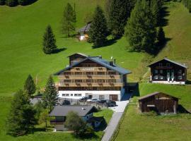 Hotel Alpenrose, hotel in Gargellen