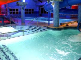 Amber Bay&Aquapark, hotel with jacuzzis in Augustów