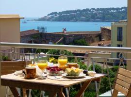 Cap View, pet-friendly hotel in Antibes