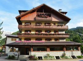 Hotel Pineta, hotel v destinaci Ponte di Legno