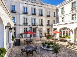 Aigle Noir Hôtel, hotel in Fontainebleau