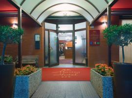 Hotel Marisa, hotel ad Albenga