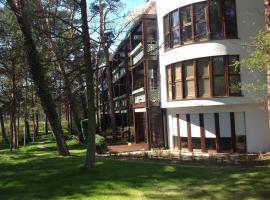 Apartament Bryza, family hotel in Jurata