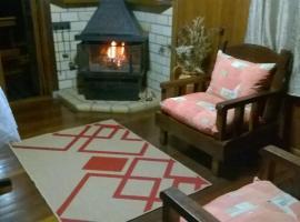 aconchego em gramado, hotel near Gramado Porch, Gramado