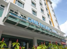 One Pacific Hotel and Serviced Apartments, hotel near Gurney Drive, George Town