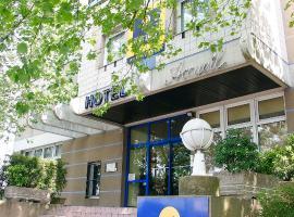 Kyriad Marne-La-Vallée Torcy, hotel in Torcy