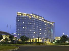 Hotel Santika Premiere ICE - BSD City, hotel in Serpong