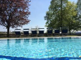 THERMEN - APARTMENT BIODORF Bad Waltersdorf, Hotel mit Whirlpools in Bad Waltersdorf