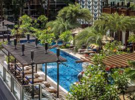 Four Seasons Hotel Jakarta, hotel near Plaza Senayan, Jakarta