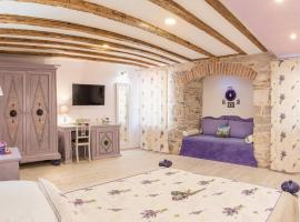 Boutique Cardea, homestay in Split