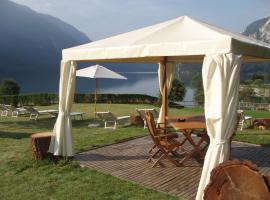 Lake&Nature Hotel Gloria, hotel in Molveno