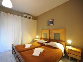Manias Apartments, budget hotel in Kos Town
