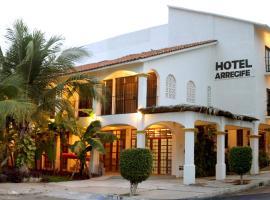 Hotel Arrecife Huatulco Plus, hotel en Santa Cruz - Huatulco