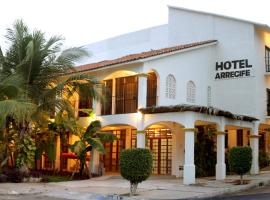 Hotel Arrecife Huatulco Plus, hotel near Huatulco International Airport - HUX, Santa Cruz Huatulco