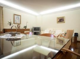 Helen´s House Apartment, hotel cerca de Cabo Girão, Câmara de Lobos