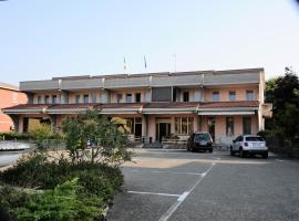Hotel Route 9, hotel near Parco delle Fiabe, Cadeo