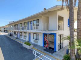 Motel 6-San Ysidro, CA - San Diego - Border, hotel in San Ysidro