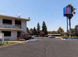 Motel 6-Chico, CA, hotel in Chico