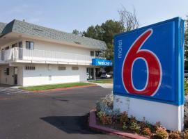 Motel 6-Davis, CA - Sacramento Area, hotel in Davis