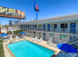 Motel 6-Las Vegas, NV - I-15, hotel in Las Vegas
