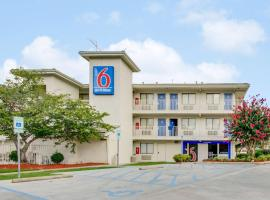 Motel 6-Columbia, SC - West, motel in Columbia