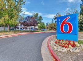 Motel 6-Santa Rosa, CA - North, hotel in Santa Rosa