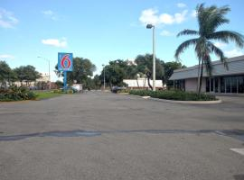 Motel 6-Miami, FL, hotel em Miami