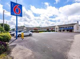 Motel 6-Anniston, AL, hotel in Oxford