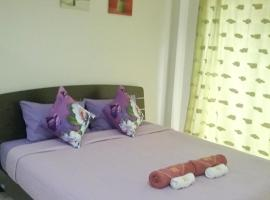 We Love Kata, hotel in Kata Beach
