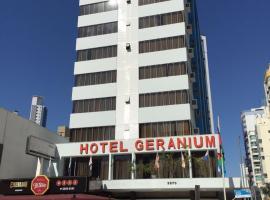 Hotel Geranium, hotel in Balneário Camboriú