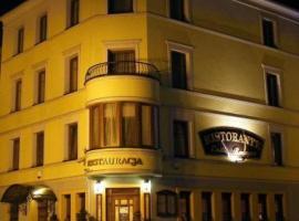 Przy Żelaznym Moście, pet-friendly hotel in Kłodzko