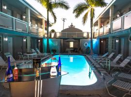 Camelot Beach Suites, hotel in Clearwater Beach