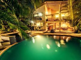 Hotel Atrapasueños, hotel in Santa Teresa Beach