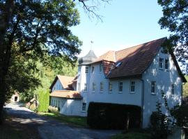 Hotel Waldhaus, hotel i Römhild