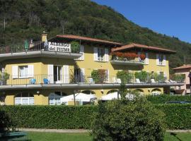 Hotel Del Fiume, hotell i Cannobio
