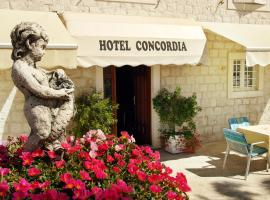 Hotel Concordia, hotel in Trogir