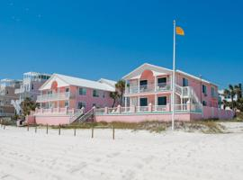 Pineapple Villas, serviced apartment in Panama City Beach