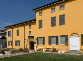 Hotel Forlanini 52, hotel a Parma