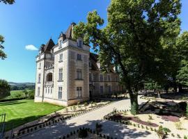 Domaine du Château de Monrecour - Hôtel et Restaurant - Proche Sarlat, hotel in Saint-Vincent-de-Cosse