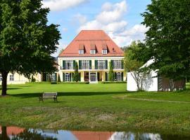 Gut Altholz Landhotel und Restaurant Hutter, hotel i Plattling
