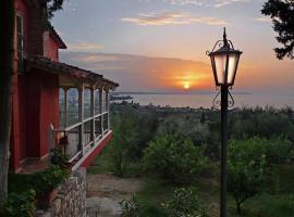 Sea View Villa with 4 bedrooms - grECOrama, hotel near Patras Industrial Zone, Monodhéndrion