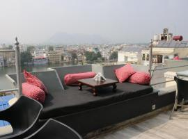 Hotel Pratap Bhawan, hotel near Jag Mandir, Udaipur